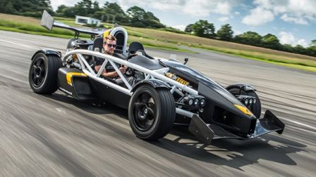 ariel atom 3 5r une b te de piste blog auto carid al. Black Bedroom Furniture Sets. Home Design Ideas