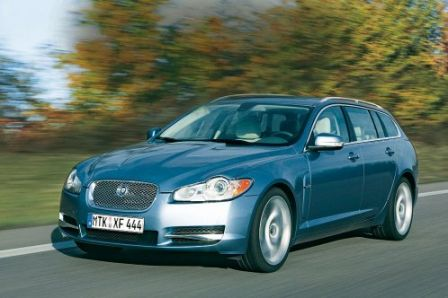 Jaguar XF estate 2011 pour 2012