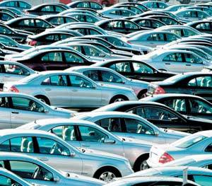 Les immatriculations de voitures neuves baissent encore pour le deuxième mois consécutif