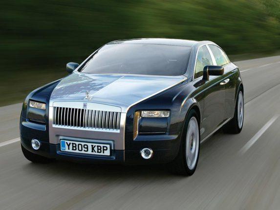 Rolls Royce rajeunit sa clientèle