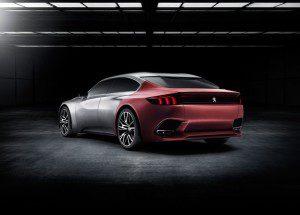 La proue du concept car Peugeot Exalt