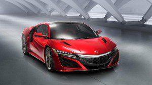 Le retour de la Honda NSX en 2015 après 10 ans d'absence forte d'un moteur hybride de 550 ch avec un V6 biturbo, une voite de vitesse à 9 rapports et une carrosserie futuriste.