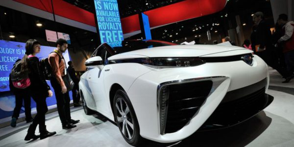 Toyota Mirai CES Las Vegas 2015 : Auto 2.0