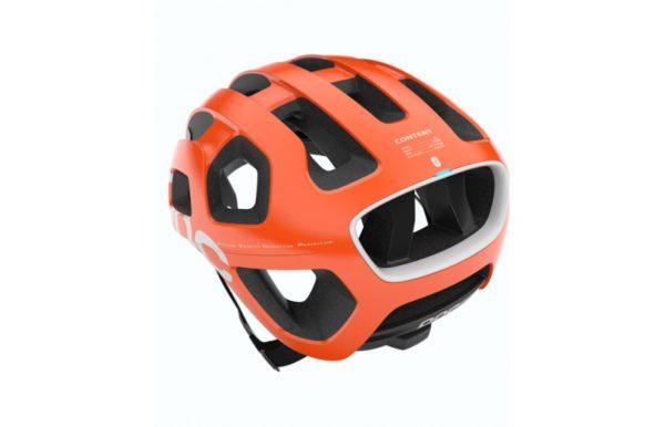 Le nouveau casque Volvo, développé avec Ericson et le fabricant de matériel de sport POC, confère aux véhicules Volvo une connexion virtuelle avec les cyclistes