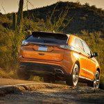 Vue arrière du Ford Edge 2015
