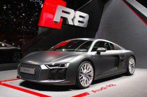 La nouvelle Audi R8 V10 verra le jour en Aout 2015 à partir de 165 000 €.