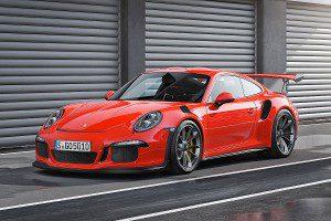 En Octobre 2015 Porsche 911 GT3 RS à partir de 184925 €