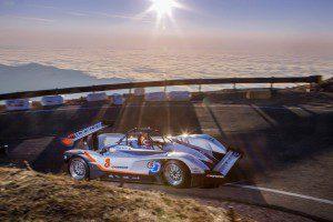 Rhys Millen Remporte la course de Pikes Peak 2015 au volant de sa voiture électrique.