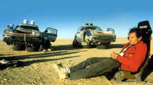 Jacky Ickx au volant de sa Porsche au Dakar
