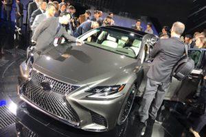 Lexus LS 500 au salon de Detroit 2017